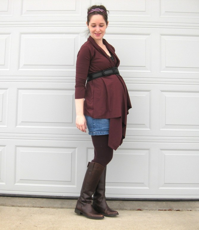 How to make a wrap cardigan // www.DIYMATERNITY.com