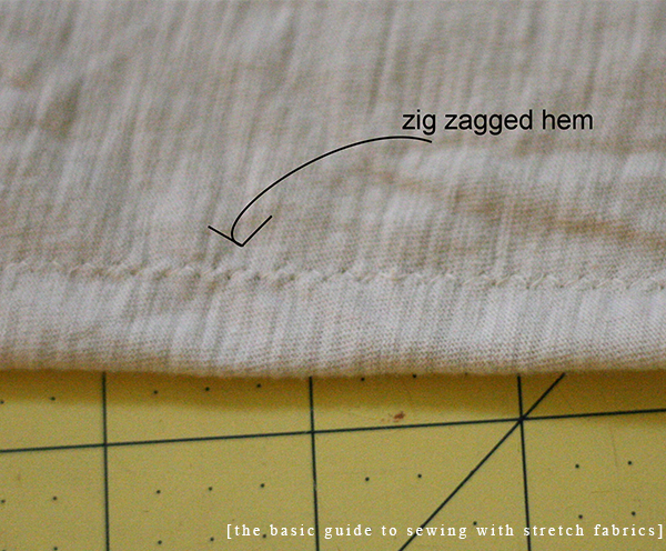 The basic guide to sewing with stretch fabrics // hemming
