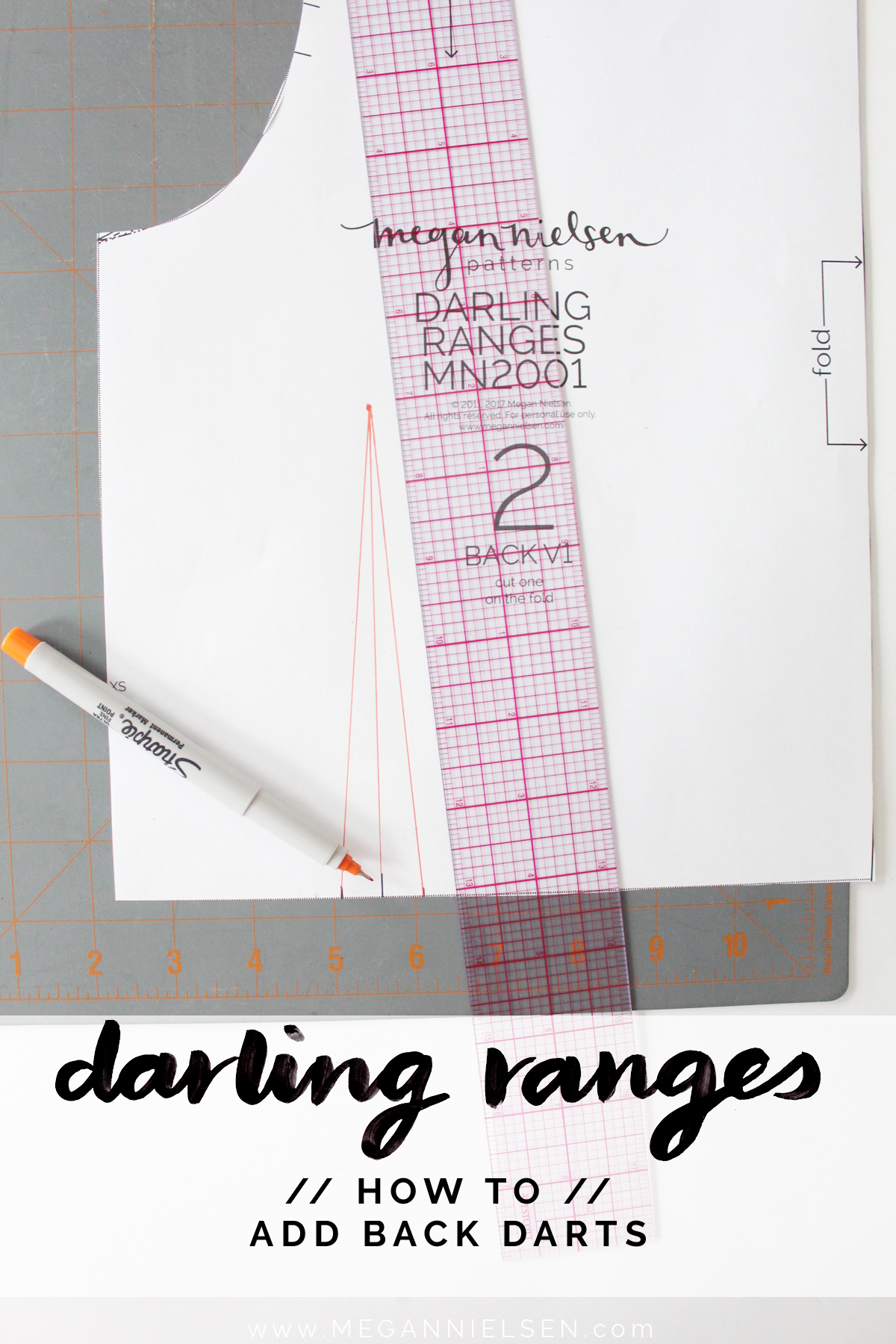 how to add back darts to the Darling Ranges pattern // tutorial on Megan Nielsen Design Diary