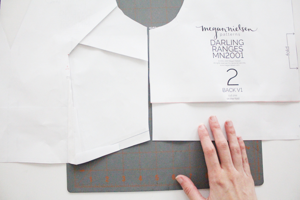 how to do a small bust adjustments on the Darling Ranges pattern // tutorial on Megan Nielsen Design Diary