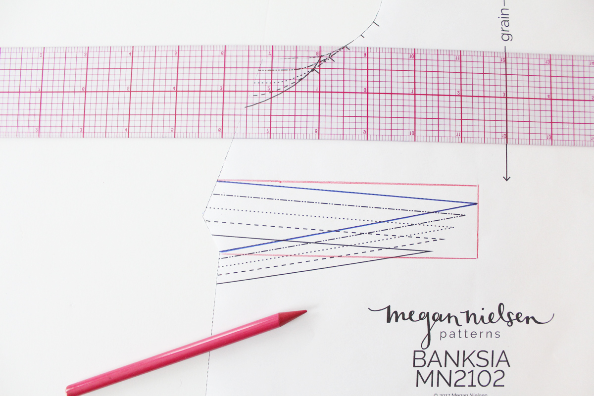 How to adjust the dart height on the Banksia Blouse // tutorial on Megan Nielsen Design Diary