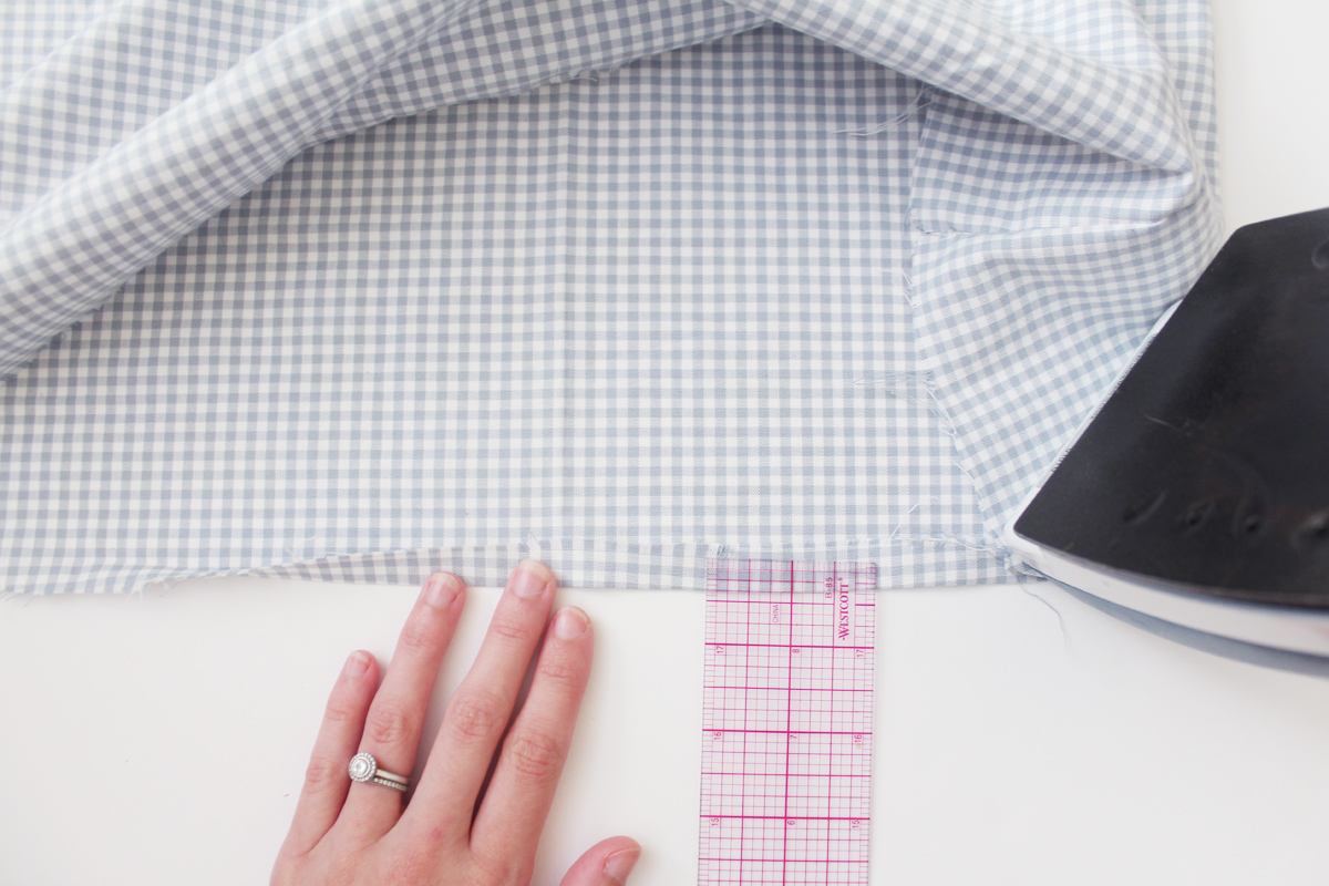 how to finish the hem on the Banksia Blouse // tutorial on Megan Nielsen Design Diary