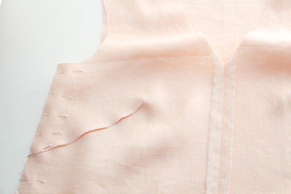 4 ways to sew beautiful centre front seams // Megan Nielsen Design Diary // Dove blouse sewalong