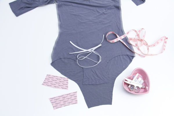How to sew a snap crotch bodysuit // Rowan bodysuit and tee sewalong on Megan Nielsen Design Diary