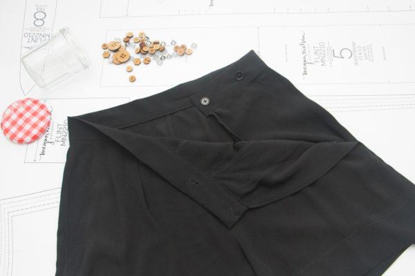Megan Nielsen Black crepe Flint shorts with button closure