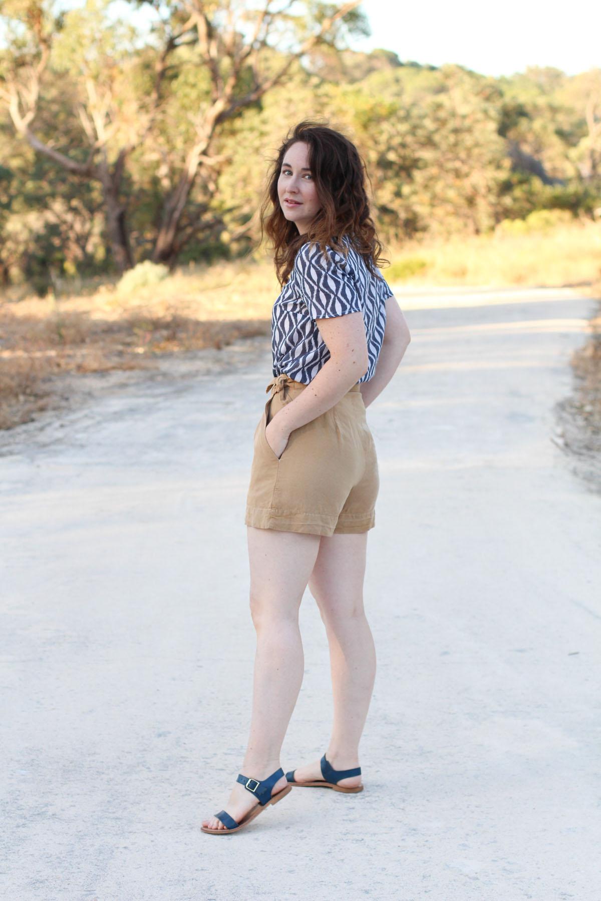 Megan Nielsen Flint shorts + Banksia blouse