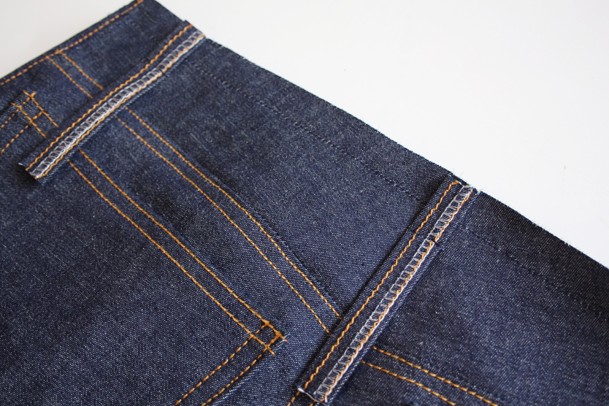 how to sew the belt loops and waistband on the Ash jeans pattern // tutorial on Megan Nielsen Design Diary