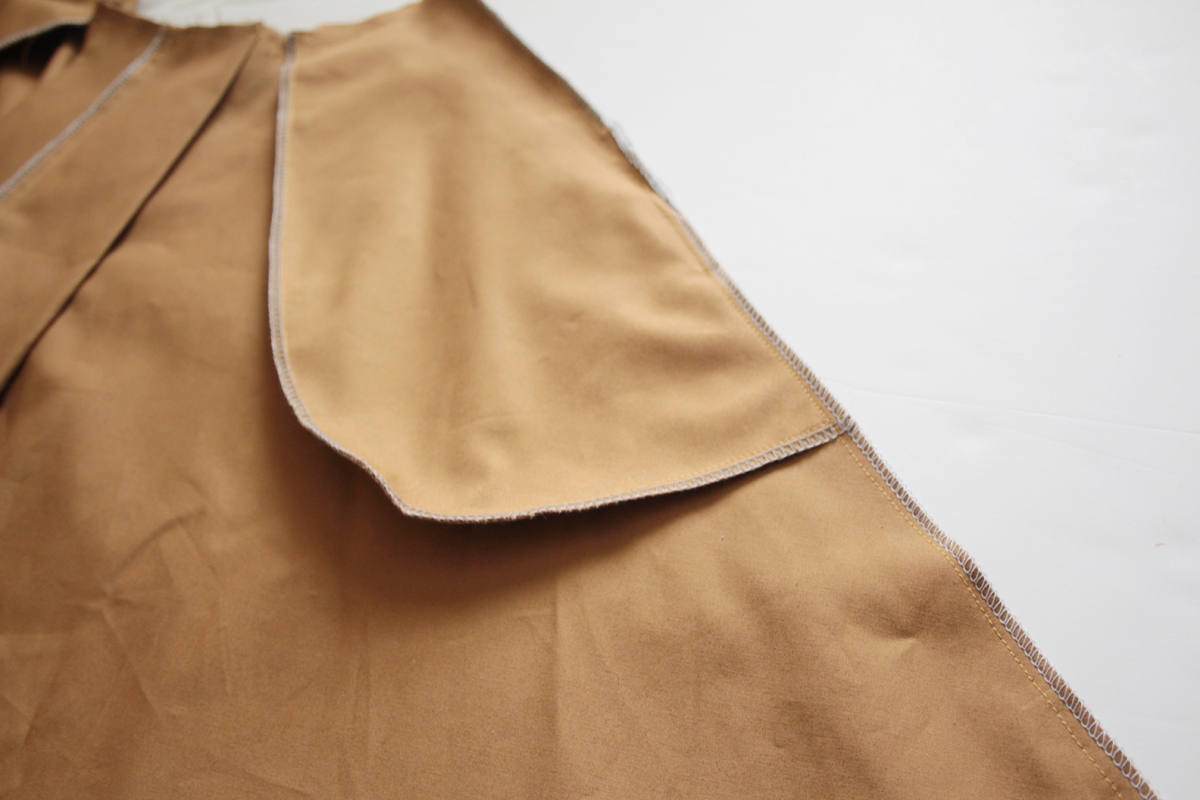 sewing the side seam on the Tania Culottes by Megan Nielsen Patterns