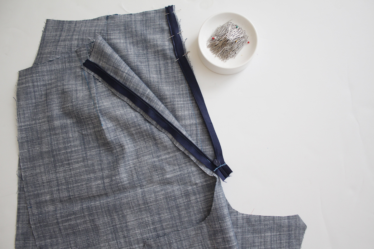 How to sew the zipper of the Harper shorts and skort by Megan Nielsen Patterns