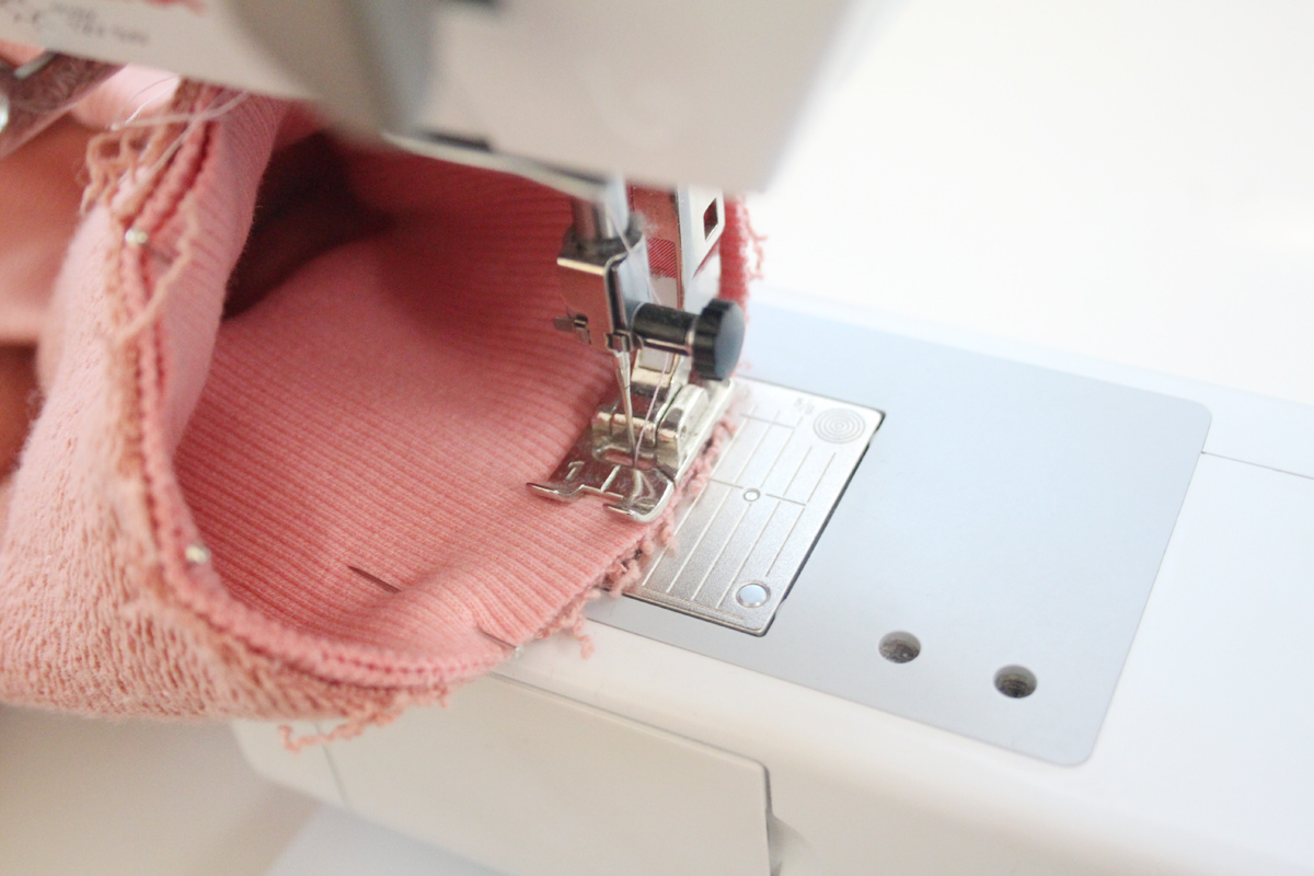 How to sew the sleeves with cuffs on the Jarrah sweater by Megan Nielsen Patterns