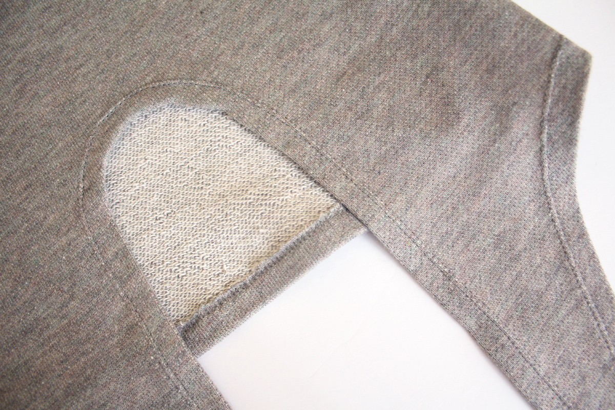 How to sew the tie hem on the Jarrah sweater by Megan Nielsen Patterns