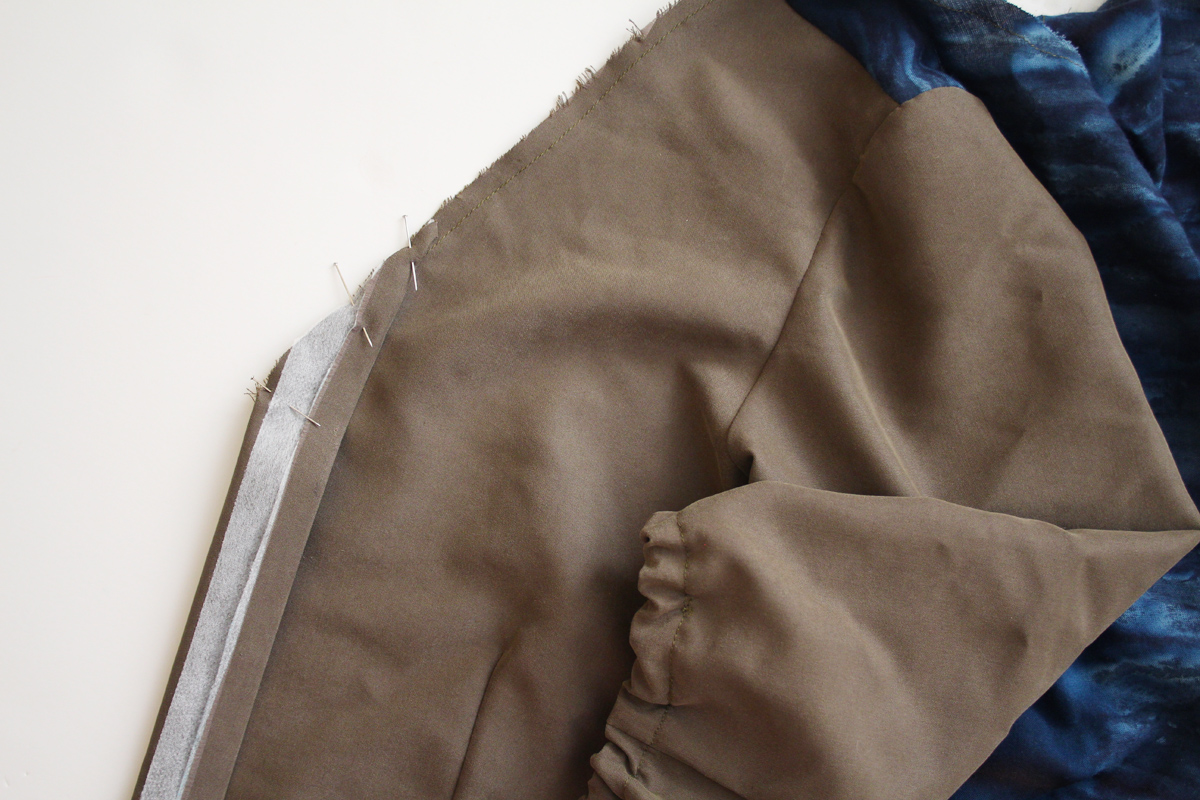 how to sew the placket on the Darling Ranges pattern // tutorial on Megan Nielsen Design Diary