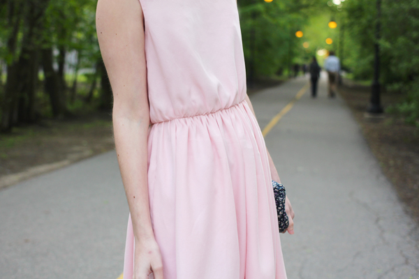1903aaa6100 Crescent Variation   Elastic Waist Dress — megan nielsen design diary