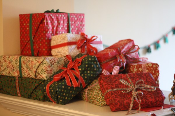 WRAPPING PAPER ALTERNATIVES THAT WON'T COST THE EARTH ...