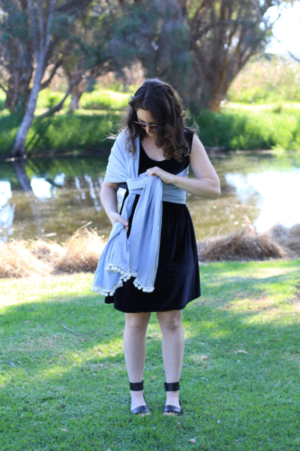 Tutorial: How to make and wear a Rebozo style baby carrier