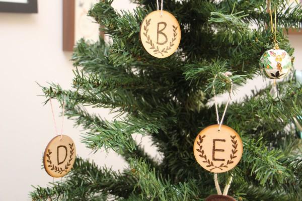 DIY wood burned Christmas tree ornaments by Megan Nielsen // Handmade Christmas