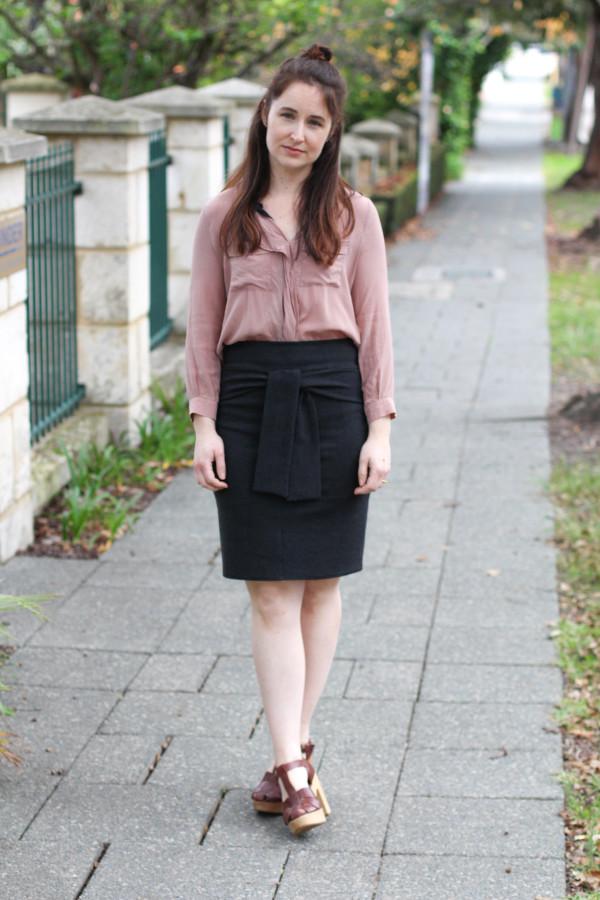 Grey for days // Megan Nielsen Axel skirt (V2) in dark grey cotton ponte knit