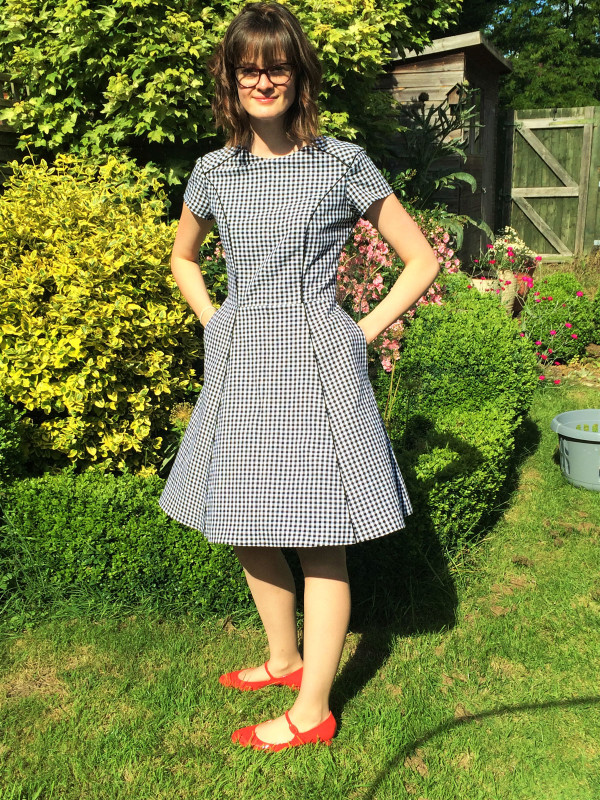 Megan Nielsen Karri dress pattern // Multi paneled dress with distinctive style lines and close fit. Pattern features princess seams, flared skirt, anchored side seam pockets, short sleeves, centre back invisible zipper and a full lining. Able to be made from one or more fabrics for a striking effect.