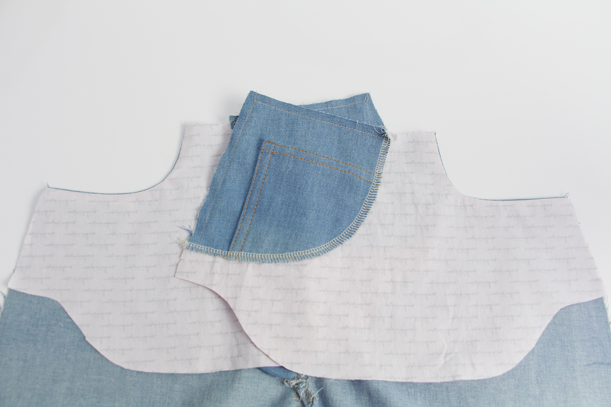 how to sew the front pockets on the Ash jeans pattern // tutorial on Megan Nielsen Design Diary