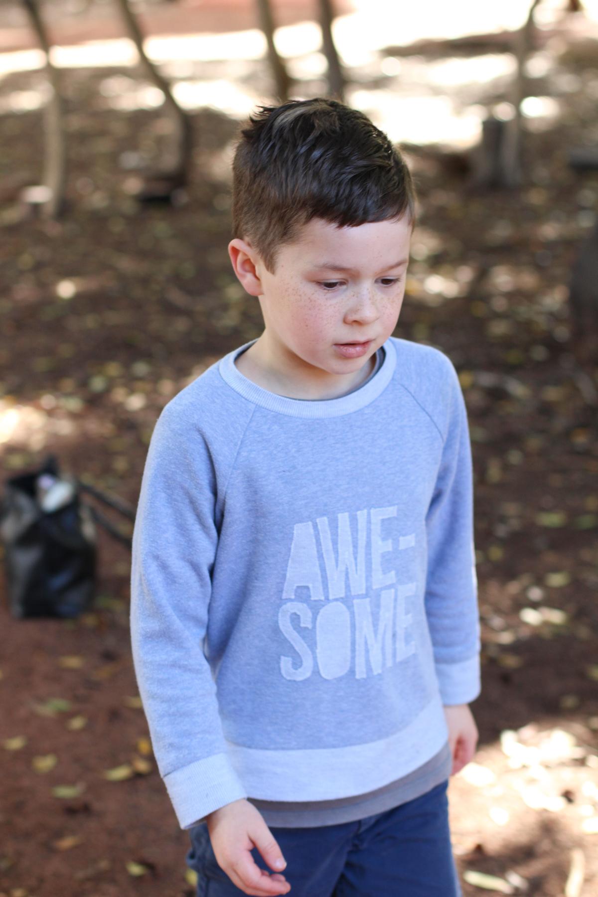 Buddy's awesome sweatshirt using Simplicity 5591