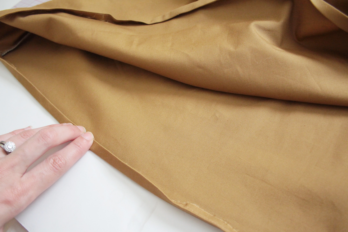 sewing the hem on the Tania Culottes by Megan Nielsen Patterns