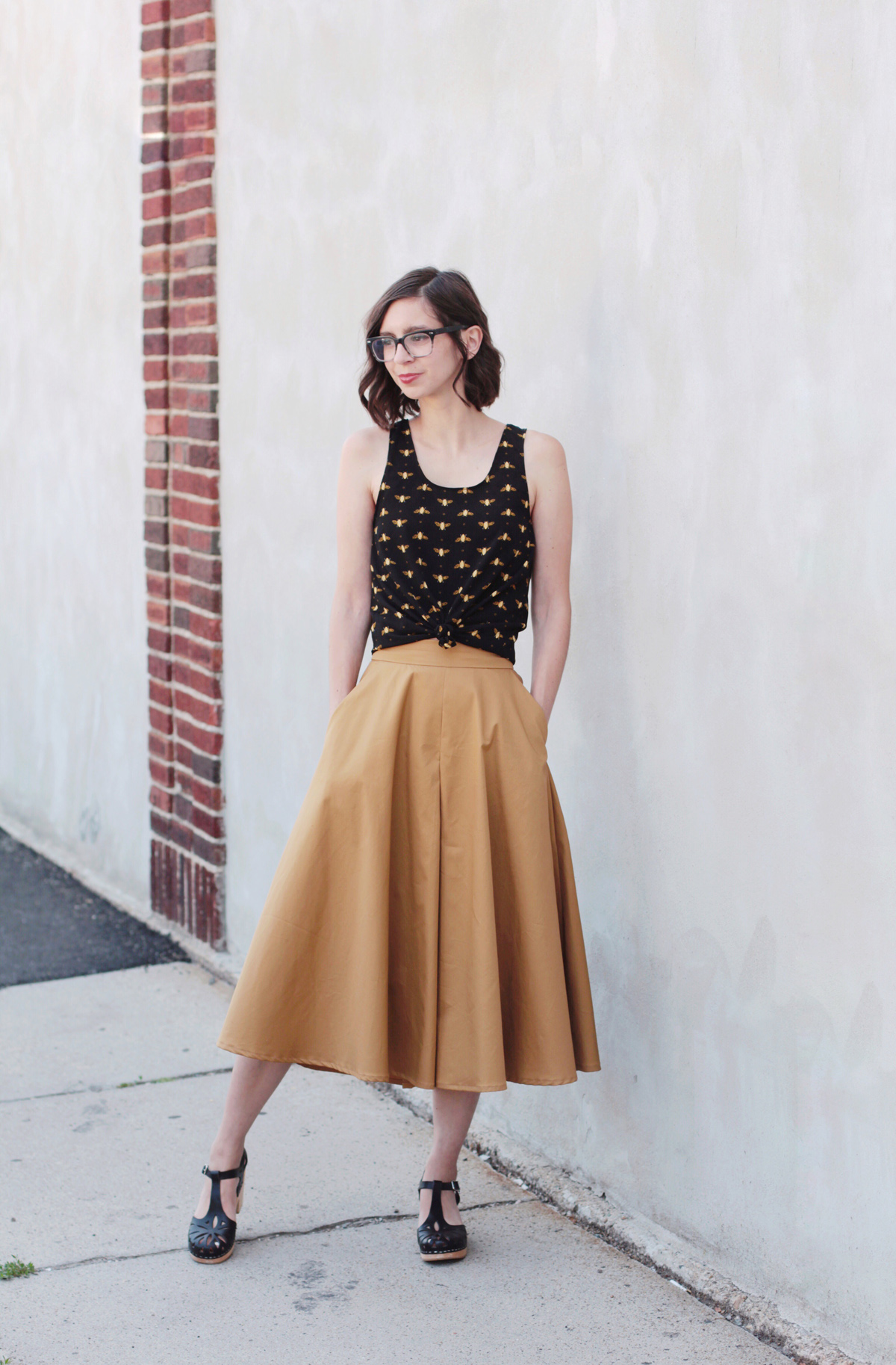 sewing the inseam and hem on the Tania Culottes by Megan Nielsen Patterns