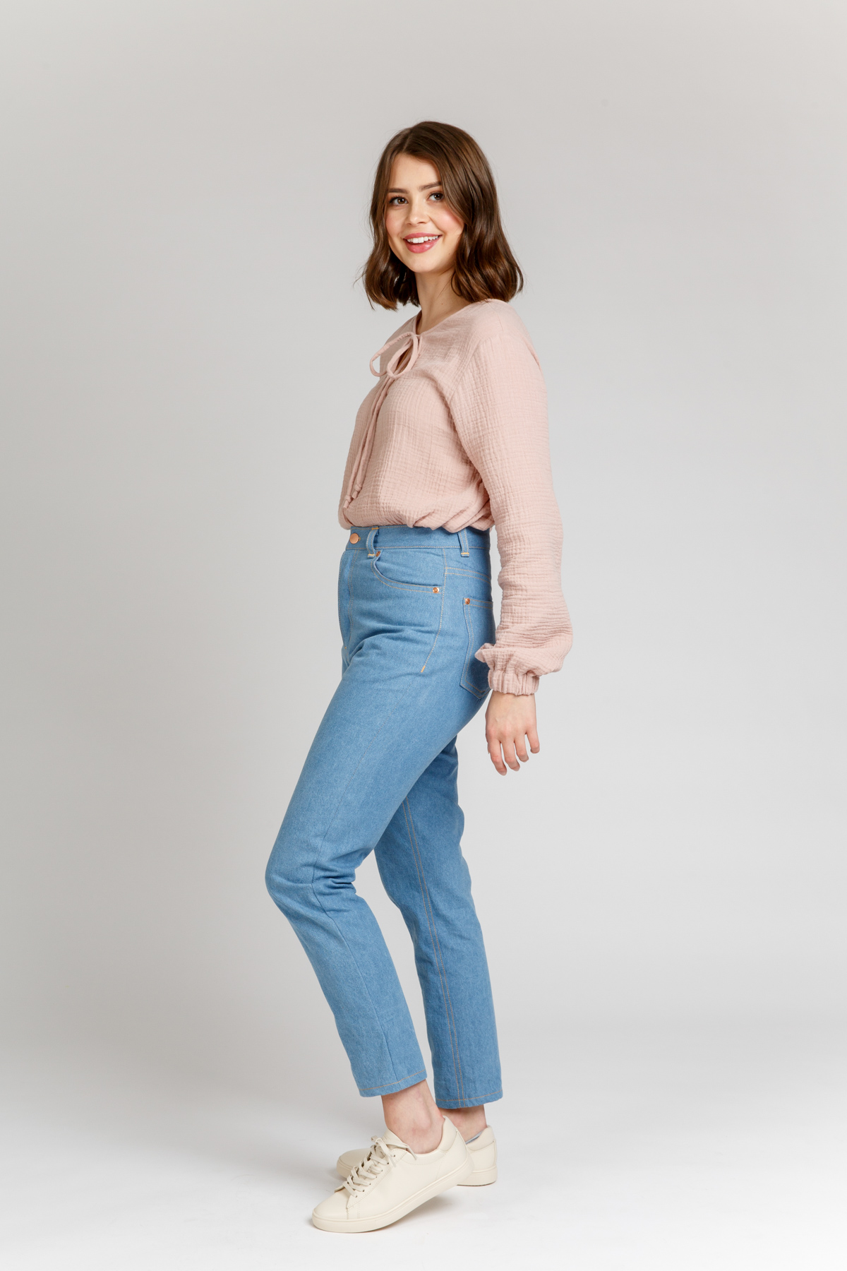 Megan Nielsen Dawn rigid jeans sewing pattern set // vintage inspired rigid jean with four views, multiple lengths and multiple fly options!