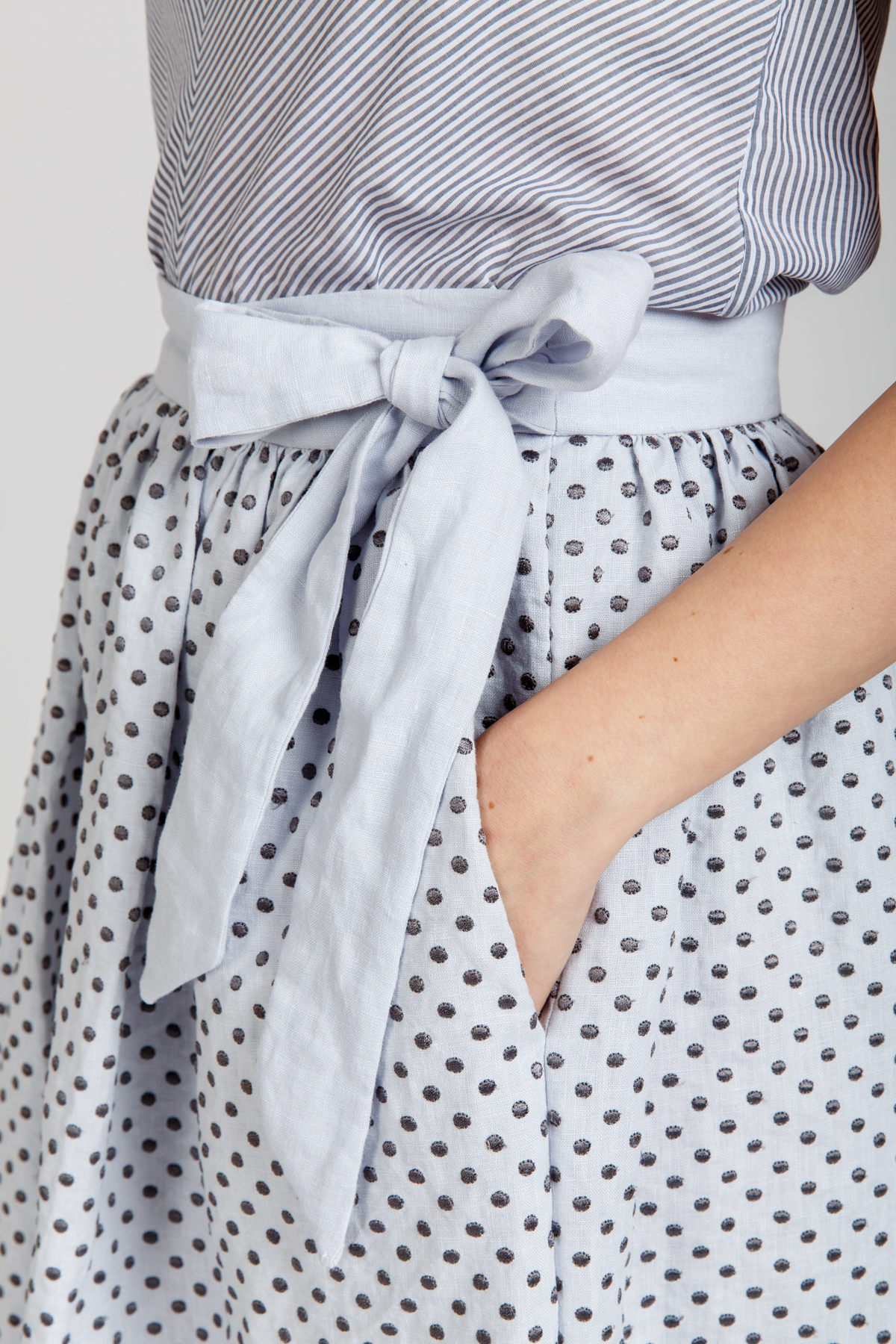 Megan Nielsen Wattle skirt sewing pattern // modular pattern with two mix and match waistband options and four skirt options!