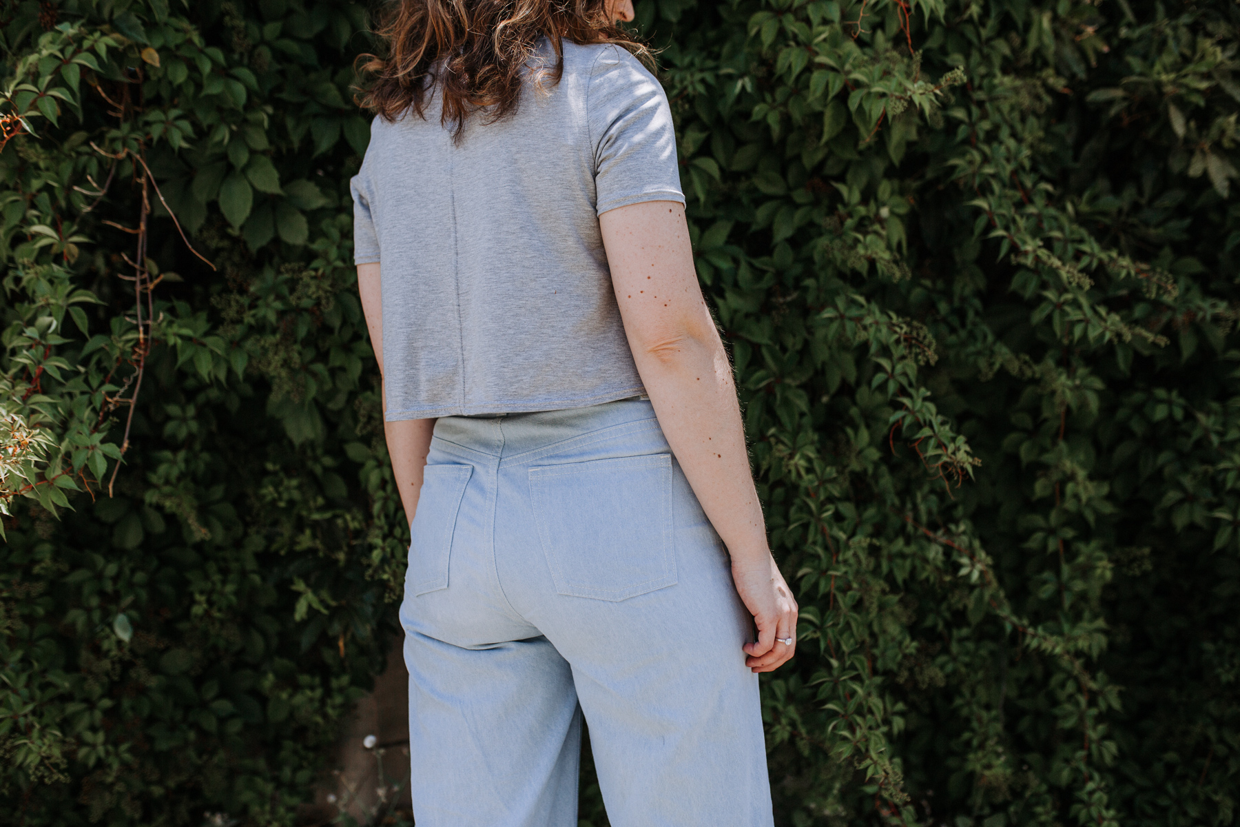 Megan Nielsen wide leg Dawn jeans in light enzyme wash denim + Floreat knit crop top in grey marle