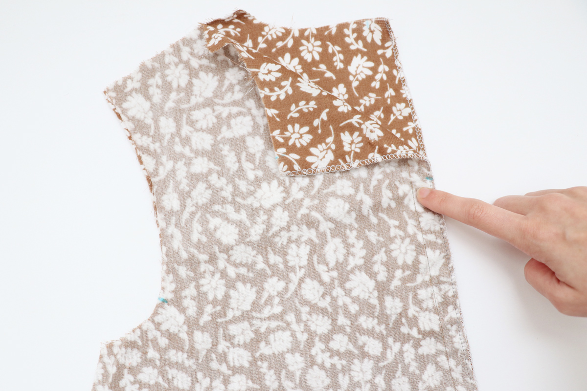how to sew the center back slit option on the Floreat dress and blouse by Megan Nielsen Patterns