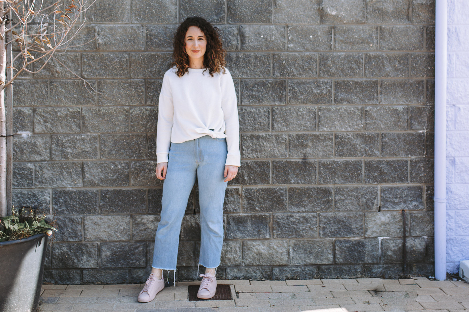 Cream tie front Jarrah sweater + light wash straight leg Dawn jeans // Megan Nielsen Design Diary