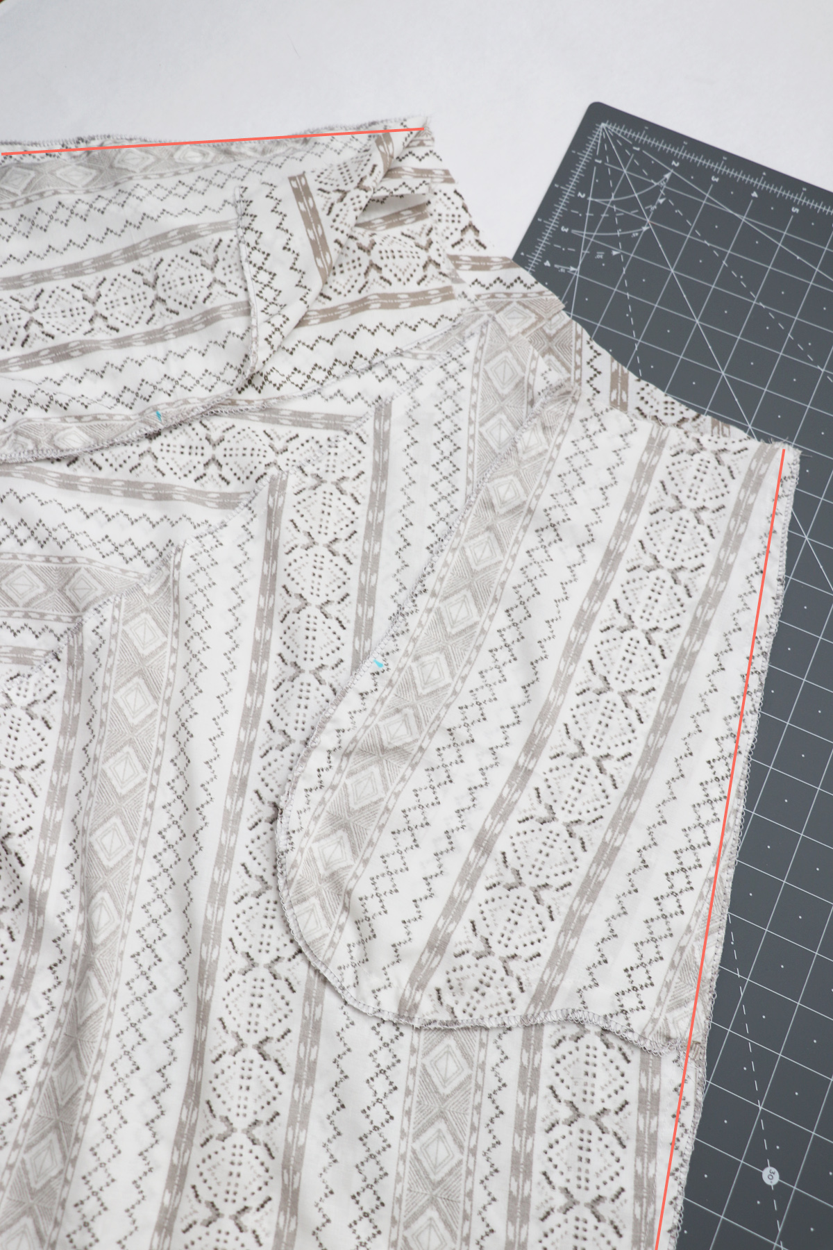 how to sew the bias cut seams on the Wattle skirt by Megan Nielsen Patterns
