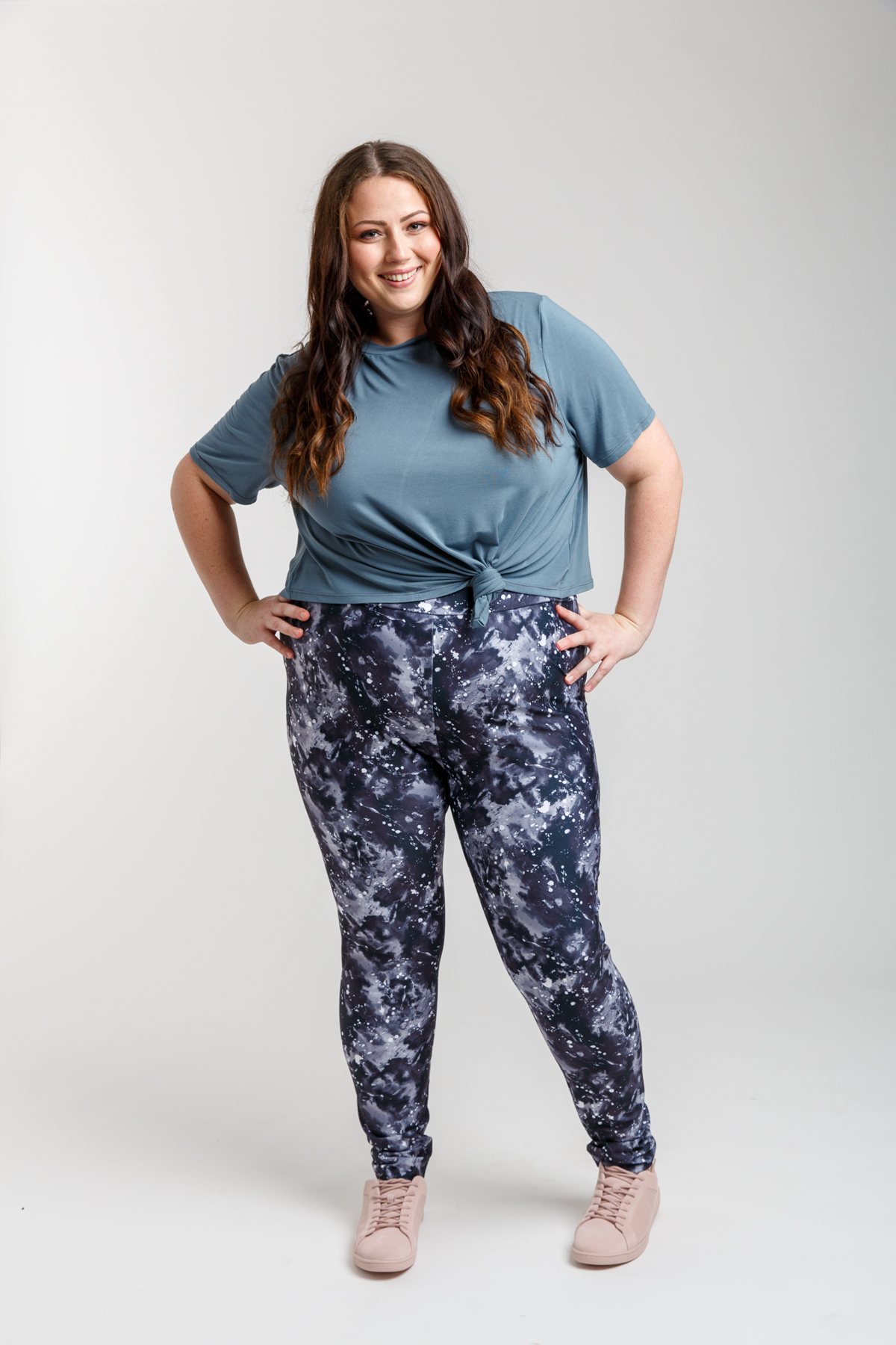 Megan Nielsen Curve Virginia leggings and Floreat tee