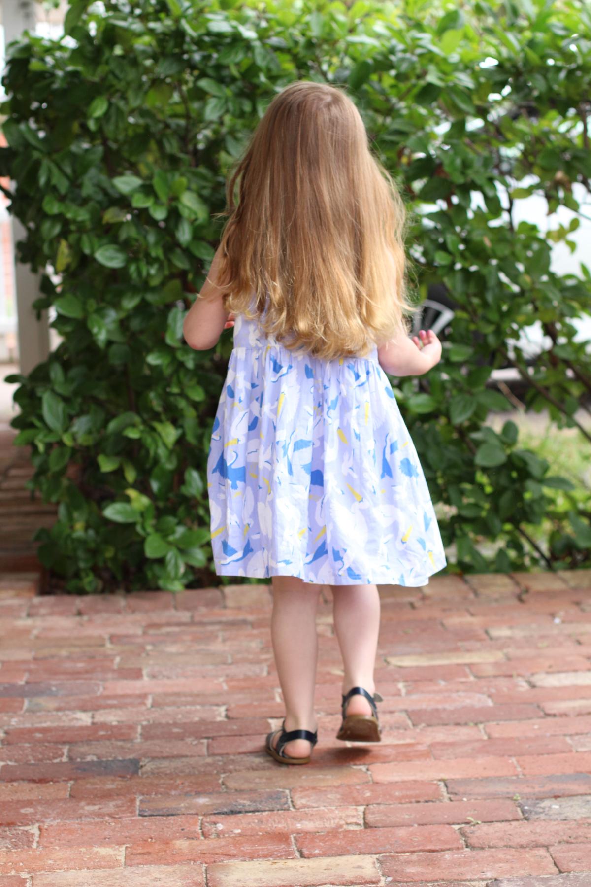 Birdie's Mini Eucalypt Dress Hack in Ellie Whittaker Seabirds fabric! // Megan Nielsen Design Diary