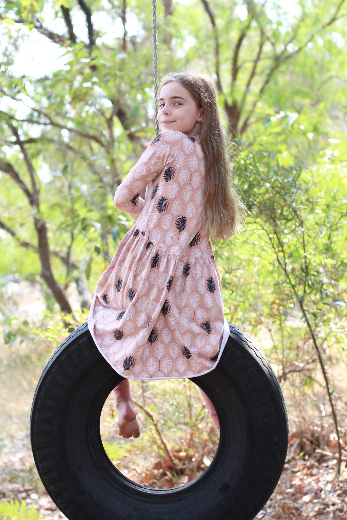 Bunny's Briar dress using Nosh Organics feather print organic cotton jersey // Megan Nielsen Design Diary