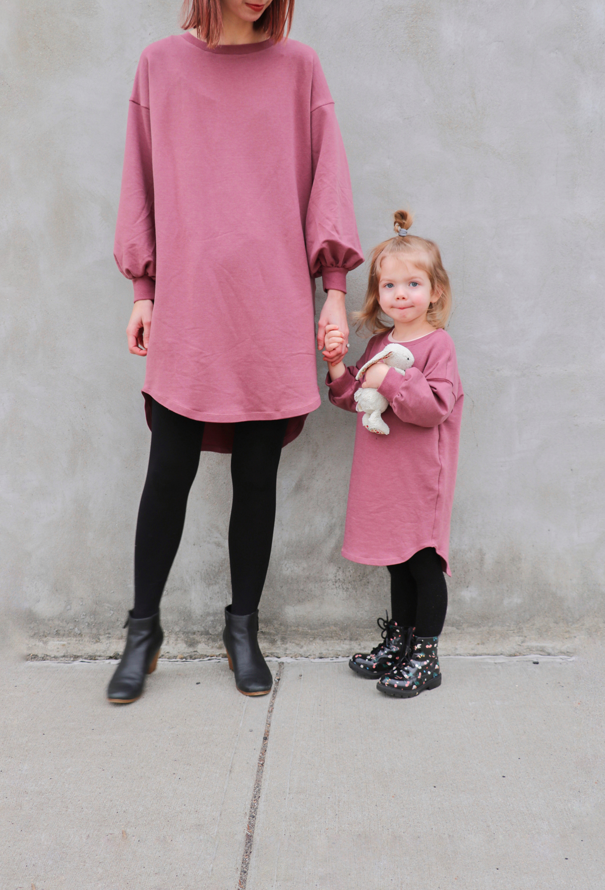 how to make a sweatshirt dress with bishop sleeves using the Jarrah sweater pattern by Megan Nielsen Patterns