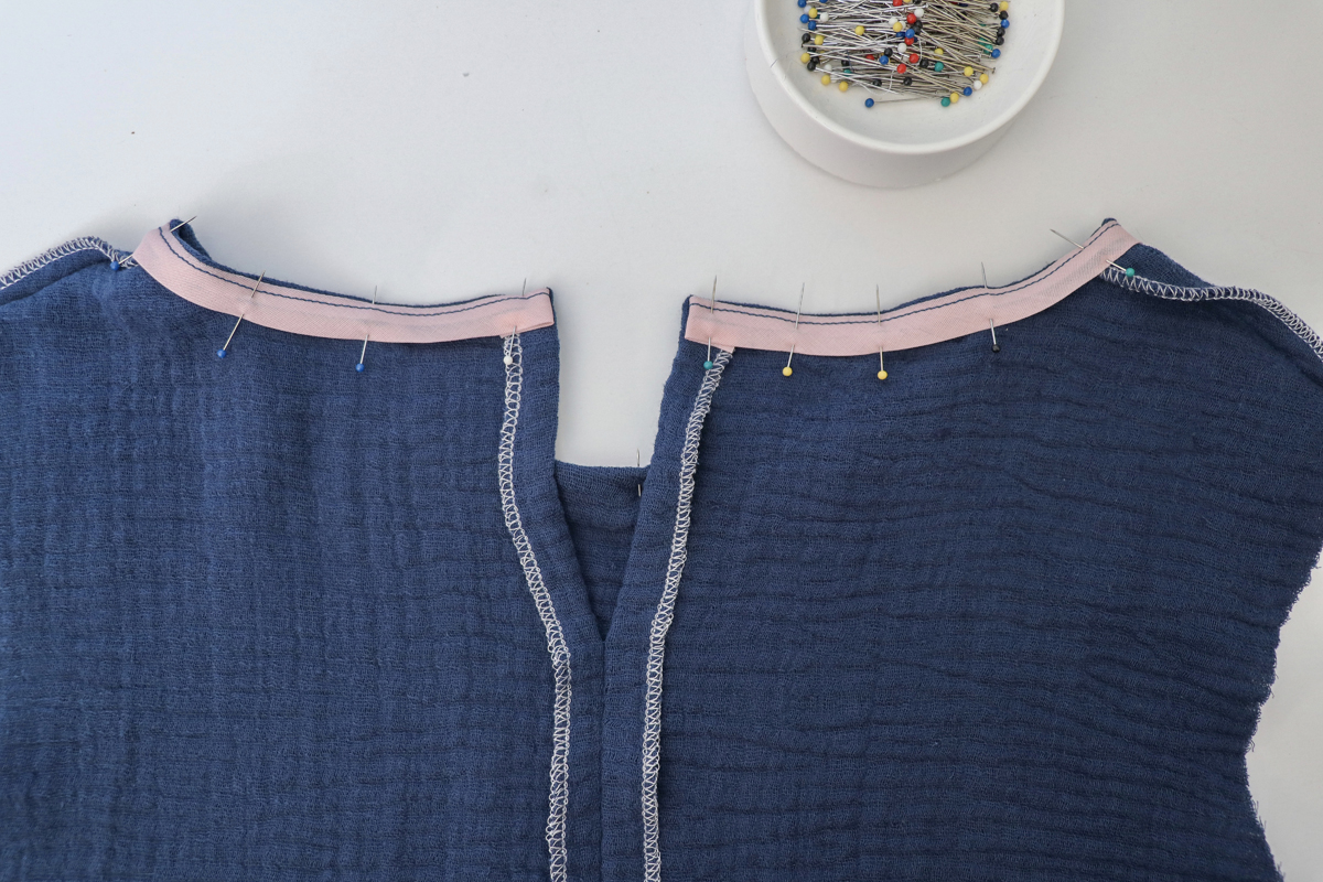 How to round the neckline on the Dove blouse by Megan Nielsen Patterns