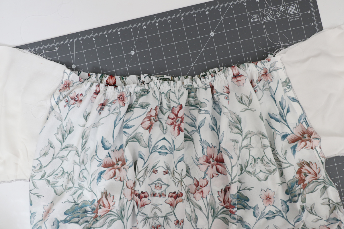 How to sew the pockets and skirt on the Olive dress by Megan Nielsen Patterns