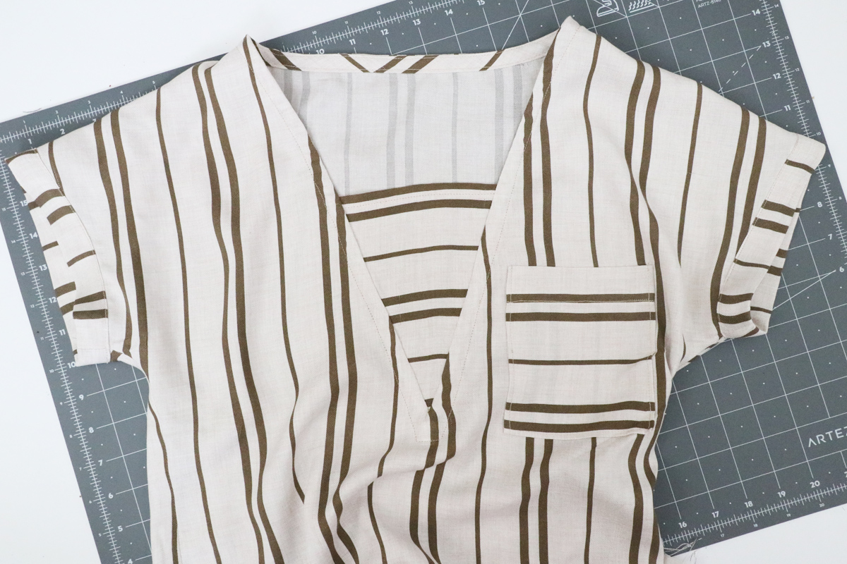 How to sew the sleeve bands on the Olive blouse and dress by Megan Nielsen Patterns