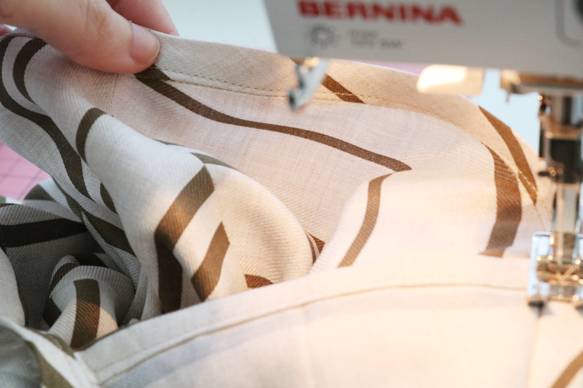 How to attach the v-insert (clean finish method) on the Olive blouse and dress by Megan Nielsen Patterns