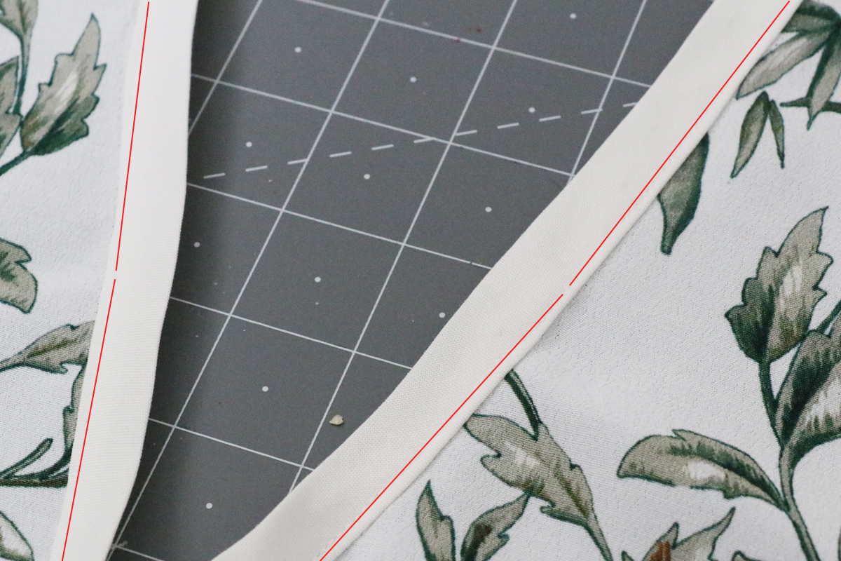 How to attach the v-insert (topstitch method) on the Olive blouse and dress by Megan Nielsen Patterns