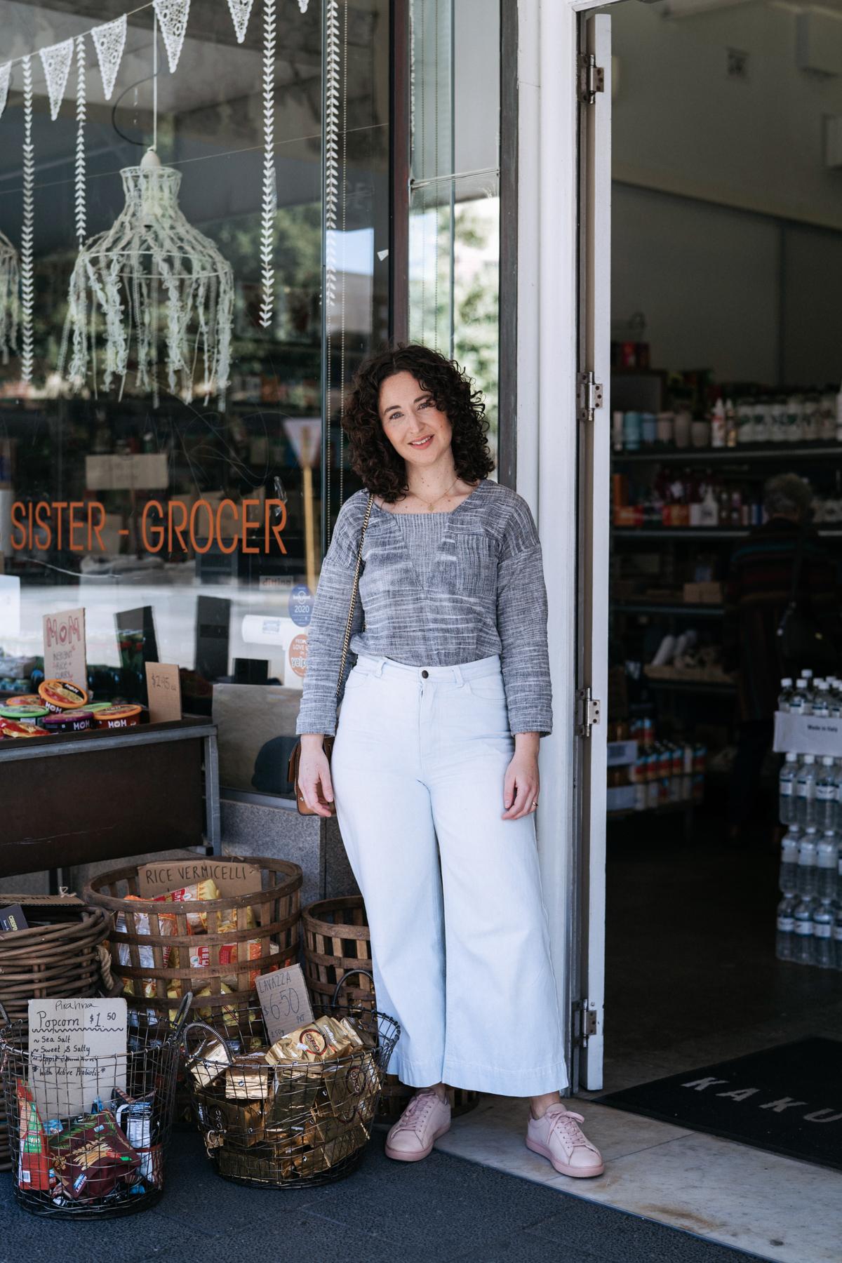 Megan Nielsen Olive top made from gauzy linen // Megan Nielsen Patterns Blog