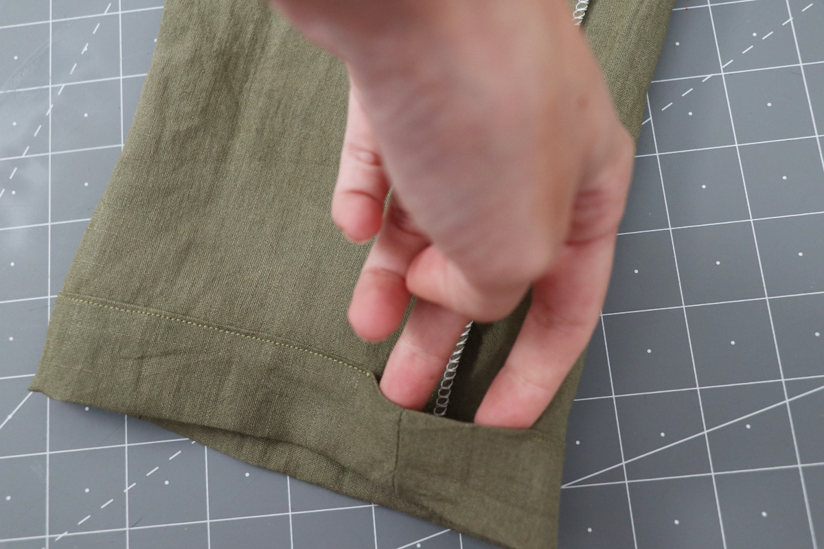 Opal Pants And Shorts - Elastic Hem Hack Step 3 - Leaving A Gap In The Stitching To Thread Elastic
