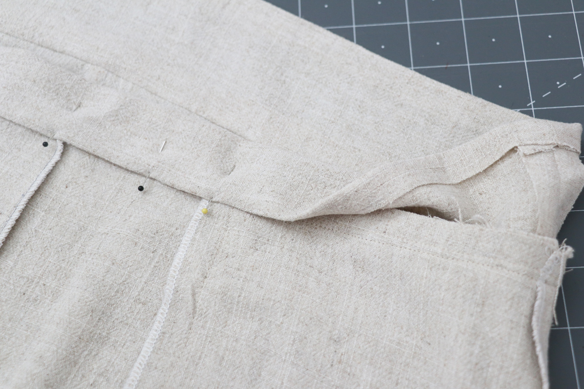 Opal Pants And Shorts - Standard Waistband Tutorial Step 11 - Pin Waistband In Place
