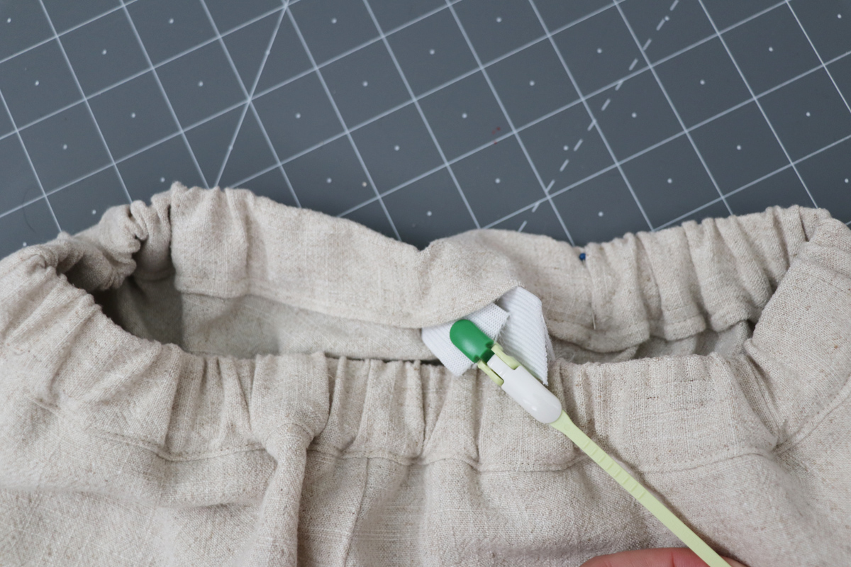 Opal Pants And Shorts - Standard Waistband Tutorial Step 15 - Overlap Elastic Ends