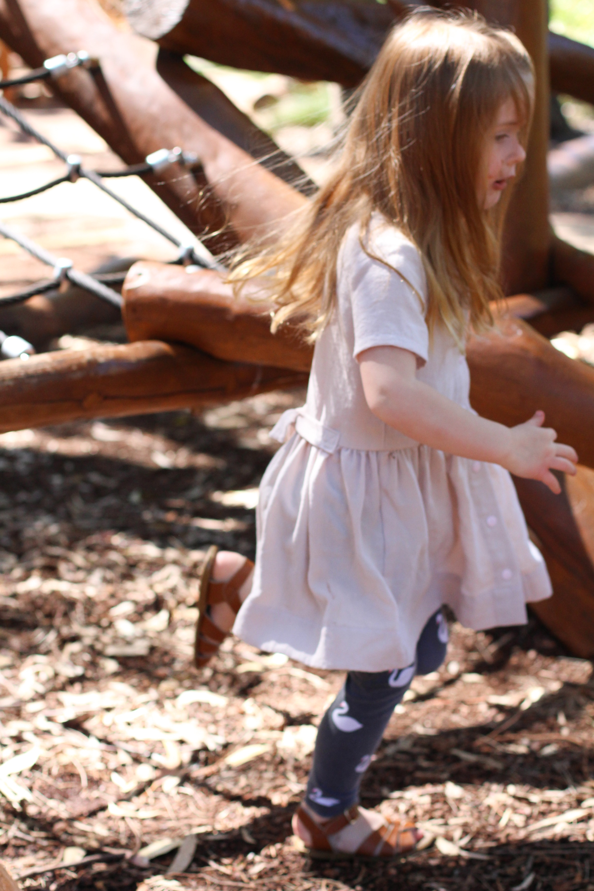 Mini Darling Ranges dress in cream linen on the Megan Nielsen Patterns blog