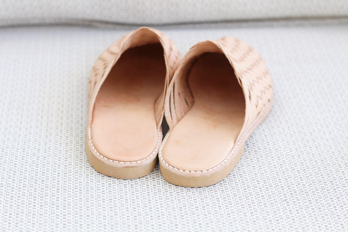 Making Basket Weave Mules - finished shoes | Megan Nielsen Patterns Blog