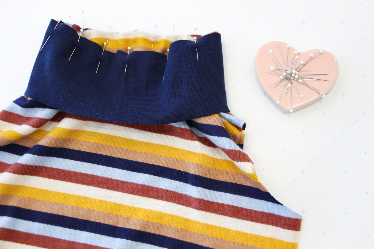 How To Make A Rowan Ringer Tee - Pin Your Bind In Place Over The Neckline