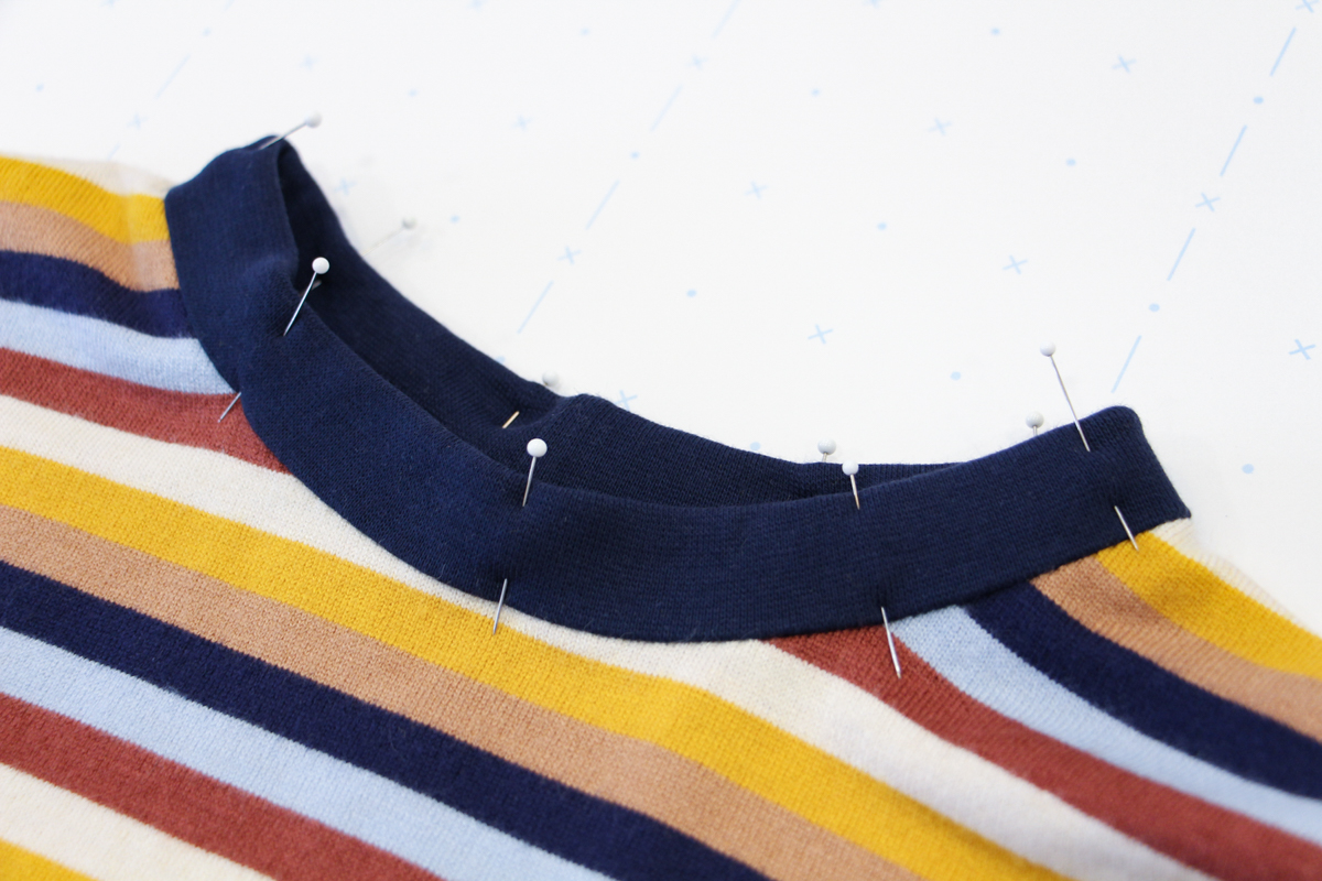 How To Make A Rowan Ringer Tee - Pin Your Bind In Place