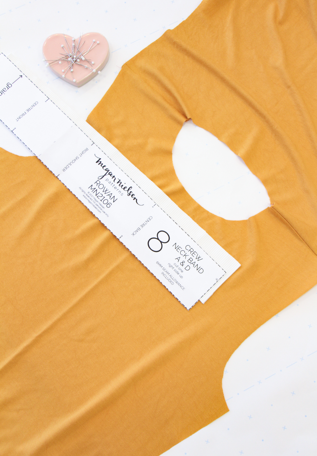 How To Make A Rowan Ringer Tee - Method 1 - The Neckband